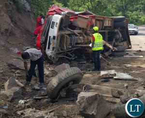 5 FIREFIGHTERS KILLED IN AFRICAN RESPONDING FIRE APPARATUS CRASH