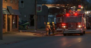 6 INJURED, INCLUDING FIREFIGHTER AT FIRE WITH RESCUES IN IL