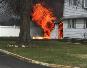 2 NJ FIREFIGHTERS SUFFER CONCUSSION AT FIRE