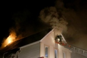 FDNY FIREFIGHTER INJURED AT 2nd ALARM ON STATEN ISLAND