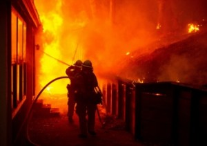 13 FIREFIGHTERS KILLED LODD-India-Video