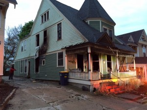 MI FIREFIGHTER INJURED AT HOUSE FIRE