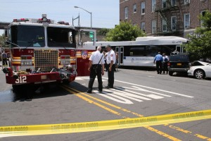 FDNY RIGS INVOLVED IN 2 SEPERATE CRASHES