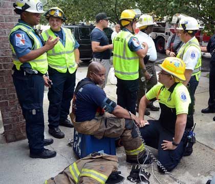 9 Jersey City Nj Firefighters Injured At 3rd Alarm Fire