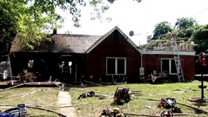 3 FIREFIGHTERS FROM PG INJURED AT HOUSE FIRE