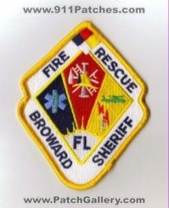 FL FF SUFFERS FACIAL BURNS AT APT FIRE