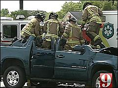 TRUCK COLLIDES WITH AMBULANCE, FIREFIGHTERS RUSH TO RESCUE DRIVER – ORLANDO, FL