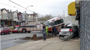 FIRE APPARATUS RESPONDING CRASH IN PHILLY