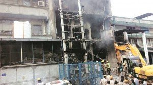 2 FIREFIGHTERS KILLED – LODD – IN DELHI, INDIA FACTORY FIRE/EXPLOSION