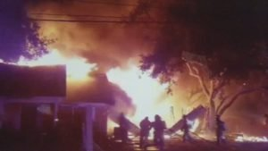TX FIREFIGHTER INJURED AT FIRE