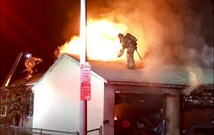 3 LONG BEACH CA FIREFIGHTERS INJURED AT FIRE