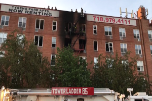 FIREFIGHTERS, POLICE OFFICERS HURT AT STATEN ISLAND FIRE
