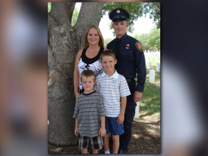 TEXAS FIREFIGHTER INJURED IN FATAL BLAZE MAKING 'GREAT STIDES'
