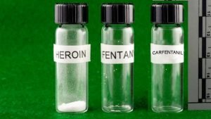 2 MEDICS & FIREFIGHTER EXPOSED TO CARFENTANIL – ADMITTED TO HOSPITAL