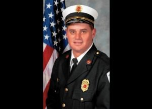 ILLINOIS BATT. CHIEF DIED FROM BEE-STING REACTION
