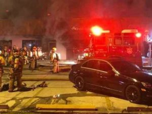 3 FL FIREFIGHTERS INJURED AT STRIP MALL FIRE