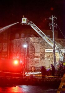 2 FIREFIGHTERS INJURED IN NY WALL COLLAPSE AT FIRE