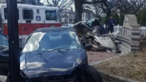 ONE FATALITY, PREGNANT FEMALE AND DC FIREFIGHTER INJURED IN APPARATUS CRASH