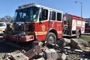 FIREFIGHTERS INJURED IN INDIANAPOLIS APPARATUS CRASH