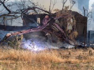 2 FIREFIGHTERS INJURED AT CA GRASS FIRE