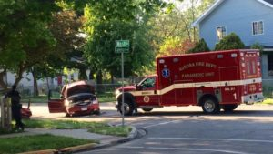 FIRE DEPT AMBULANCE CRASH – 11 INJURED IN ILLINOIS