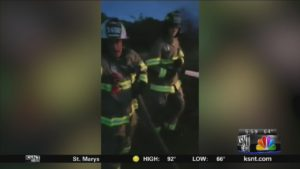 KANSAS FIRE CHIEF GETS IN FIGHT DURING FIRE