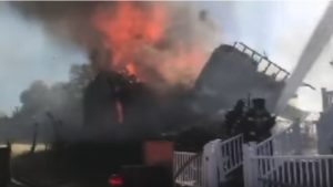 VIDEO: ST. LOUIS FIREFIGHTERS NEAR MISS, BUILDING COLLAPSE
