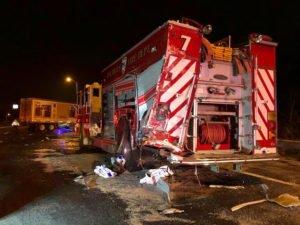 FIRE APPARATUS STRUCK ON LONG ISLAND, NEW YORK