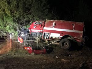 OKOLONA, MS FIRE TRUCK OVERTURNS EN ROUTE TO MOBILE HOUSE FIRE
